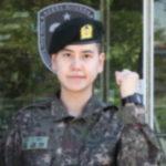 入隊後キュヒョンの軍服姿公開!気になる立ち位置とポーズは?