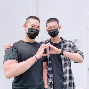 ジウとロウ(VAV)の兵役同伴入隊
