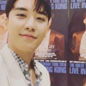 スンリ(元BIGBANG) の兵役入隊
